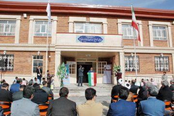 افتتاح آموزشگاه ۱۲ کلاسه خیرساز آیت اله شهید صدوقی (ره) در اهر