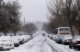 بارش برف در واپسین روز های پاییز در شهرستان اهر