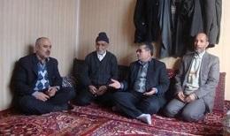 دیدار معاون فرماندار با خانواده های شاهد و ایثارگر اهر به مناسبت ۲۹ بهمن
