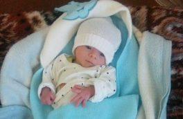 پذیرش نوزاد رها شده در مسجد بین راهی بیلوردی در شیرخوارگاه تبریز