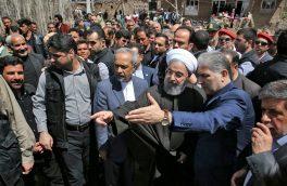دکتر روحانی از مناطق سیل زده آذربایجان شرقی بازدید کرد