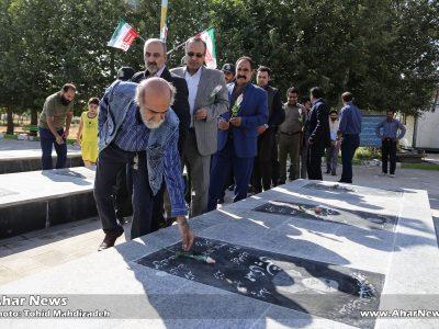 تجدید میثاق عوامل اجرایی یازدهمین جشنواره تئاتر کوتاه ارسباران با شهدا