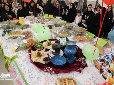 برگزاری جشنواره غذای سالم در مرکز بهداشت شماره ۷ اهر