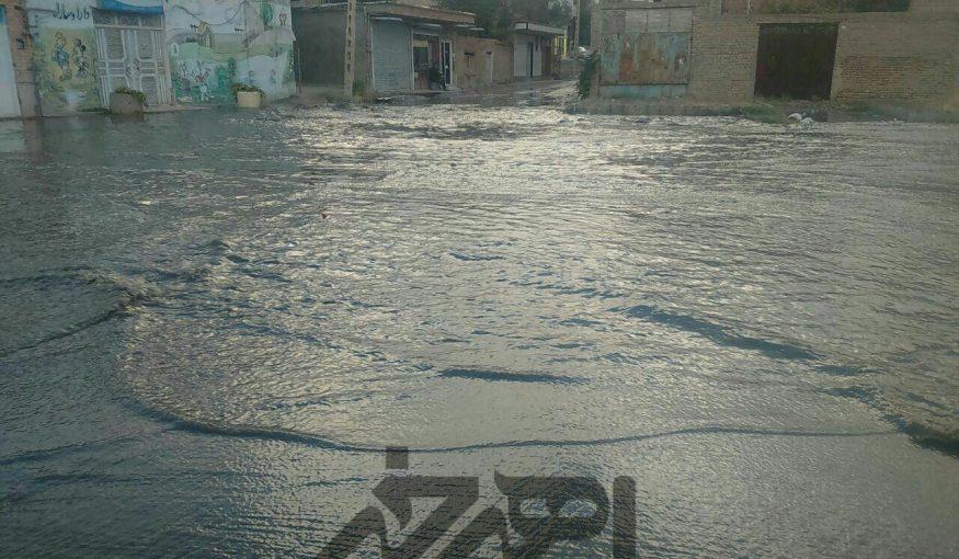 آبگرفتگی معابر اهر بعد از بارش شدید تگرگ و باران