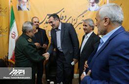 حضور فرماندار و مسئولان شهستان اهر در نمایشگاه مطبوعات استان