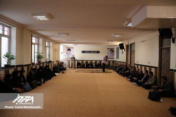 جمعی از شاعران و فعالان فرهنگی با امام جمعه اهر دیدار کردند