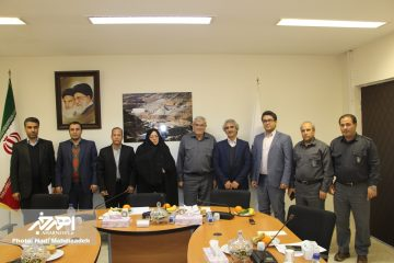 اعضای شورای شهر و سرپرست شهرداری اهر با مدیر مس منطقه آذربایجان دیدار کردند