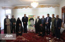 دیدار مسئولان شهرستان اهر با خانواده شهداء و ایثارگران به مناسبت دهه مبارک فجر
