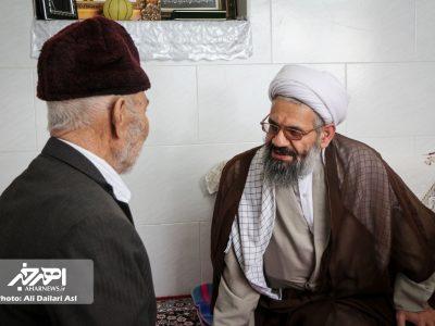 دیدار امام جمعه و فرماندار شهرستان اهر با خانواده شهیدان دولگر و جوادپور