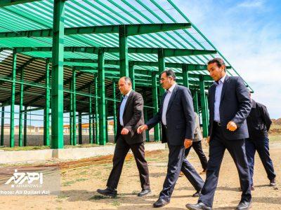 حضور مدیرعامل شهرک های صنعتی استان در اهر و بازدید از برخی واحدهای شهرک صنعتی این شهرستان