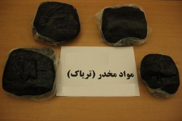 کشف ۳۴ کیلوگرم تریاک جاسازی شده در یک دستگاه خودرو در جاده اهر – تبریز