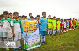 فستیوال مدارس فوتبال با حضور ۴ تیم در ورزشگاه تختی اهر