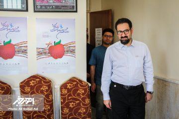 معاون وزیر ارشاد از دبیرخانه جشنواره سراسری تئاترهای کوتاه ارسباران بازدید کرد