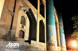 تصاویری از بقعه شیخ شهاب الدین اهری در شب