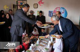 اجرای طرح توزیع یک وعده غذای گرم در روستا مهدها و مهدکودک های مناطق حاشیه نشین اهر