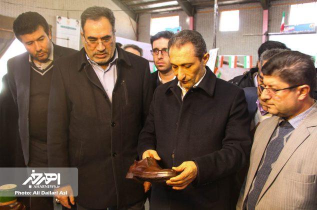 بازدید سرپرست معاونت سیاسی استانداری آذربایجان شرقی از نمایشگاه دستاوردهای چهل ساله انقلاب اسلامی اهر