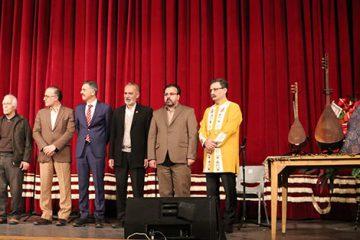 ابزار جدید موسیقی آذربایجانی با نام «ساز باس» رونمایی شد