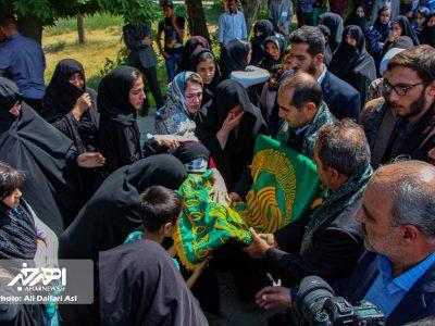 استقبال از خادمین و پرچم متبرکه حرم حضرت امام رضا (ع) در اهر