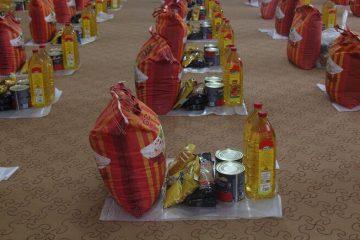 توزیع یک هزار و ۳۰۰ بسته معیشتی و لوازم التحریر در اهر
