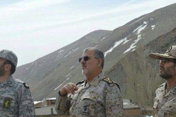 حضور فرمانده نیروی زمینی سپاه در مناطق مرزی خداآفرین