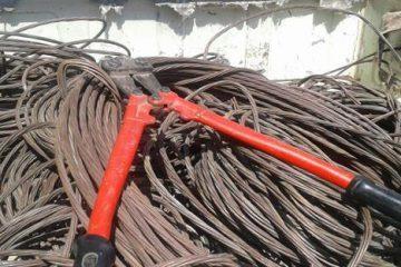ماهانه حدود ۳۰۰ میلیون تومان از تجهیزات شبکه توزیع برق آذربایجان شرقی به سرقت می رود