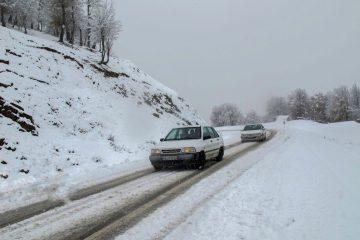 تردد در راه های اصلی آذربایجان شرقی با تلاش نیروهای راهداری برقرار است