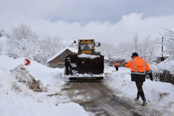 راه ارتباطی ۲۵ روستای شهرستان اهر مسدود شد