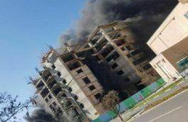 آتش نشانان ۱۳ کارگر گرفتار در شعله های آتش را در تبریز نجات دادند