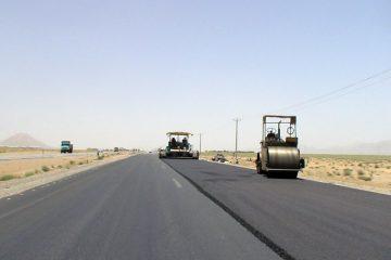 بهسازی و روکش آسفالت ۱۱ جاده آذربایجان شرقی در حال اجراست