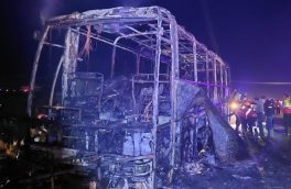 آتش سوزی صد در صدی اتوبوس مسافری تبریز- کلیبر در اهر/ مسافران به موقع تخلیه شدند