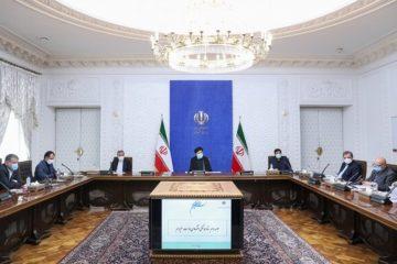 تاکید رئیسی بر پیشگیری از نوسانات ارزی/ بانک مرکزی موظف شد منابع ارزی خارج از کشور را بازگرداند
